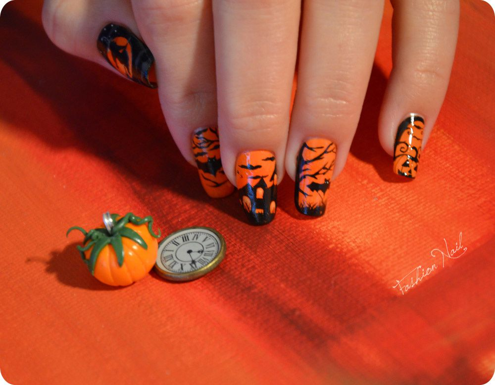 http://a396.idata.over-blog.com/3/65/11/92/A-Nail-Art-23/NailArt-Halloween-Yoko-2.jpg